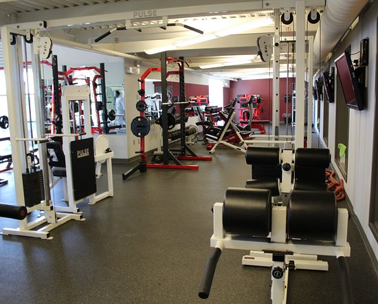 Glendenning Hall: Weight Room located on campus