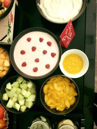 Park Inn by Radisson Muscat : Healthy breakfast
