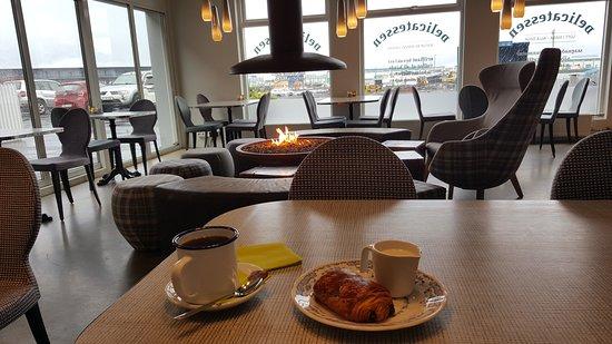 Icelandair Hotel Reykjavik Marina: 20170501_074939_large.jpg