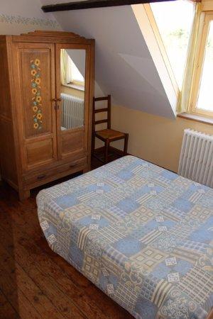 Chambre double standard avec plancher - Picture of Hotel de la ...