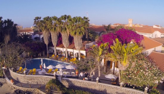 Odjo d'água Hotel: View from our pool, from which you can see or reach the beach in less than 2 minutes.