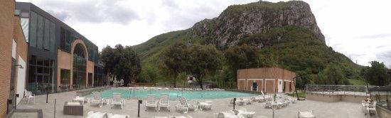 Cerreto di Spoleto, Taliansko: la vasca esterna