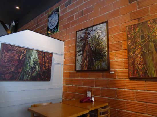 Just Jake's: art on the walls.