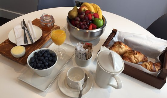 Ilfracombe Carlton Hotel: Enjoy a choice of breakfast, healthy and fully cooked