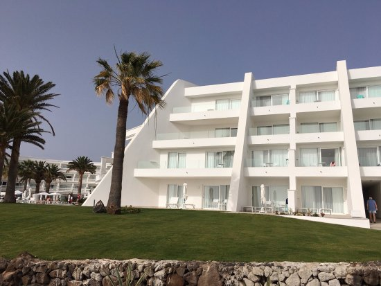 Iberostar Selection Lanzarote Park: outside the hotel - we were 1st floor left (yes all one balcony!)