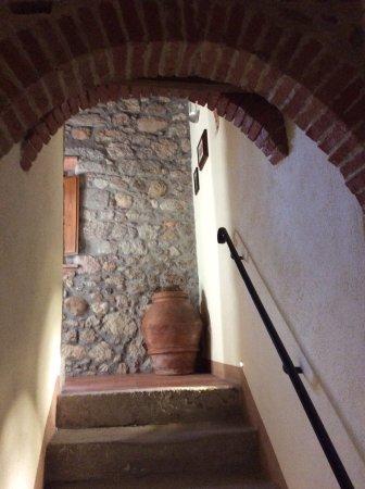 Montée d\'escalier - Picture of Agriturismo Casa del Chiodo ...