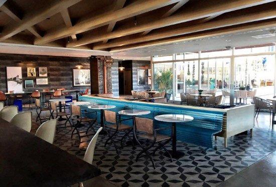 Hotel indigo el paso downtown tx omd men och for The garden pool el paso