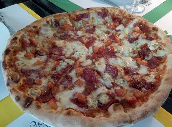 Limoncello: Вкуснейшая итальянская пицца!