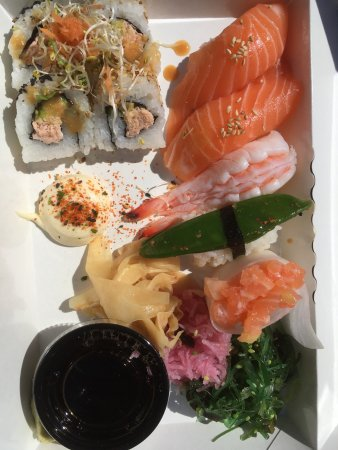 East West -Sushi, Grill, Lounge: photo0.jpg