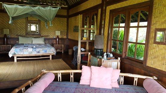 Bali Eco Stay Bungalows: 20170430_135227_large.jpg