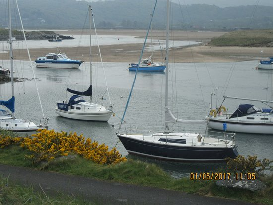 Llanbedr, UK: Harbour