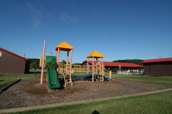 Monticello, IN: Campground Play area!