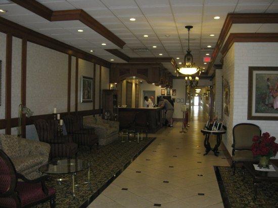 The Grand Hotel: Lobby