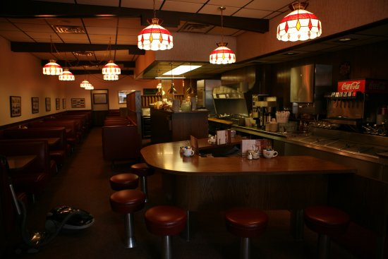Owatonna, MN: Costas Restaurant - a smalltown, local diner