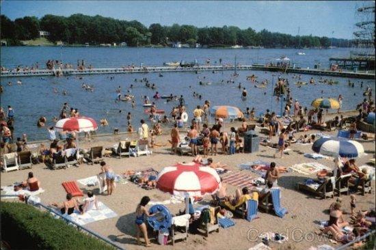 Monticello, IN: The BEACH!!