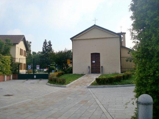 Chiesetta dei SS. Filippo e Giacomo di Nosedo: Vista dell'esterno