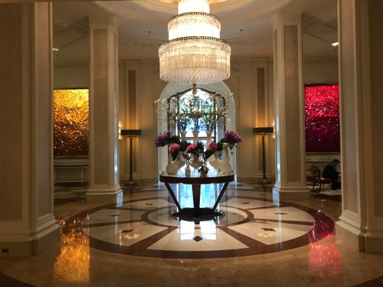Lobby - Picture of Beverly Wilshire Beverly Hills (A Four Seasons ...