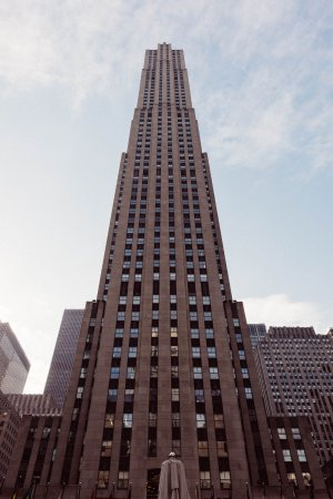 rockefeller center von aussen bild von top of the rock aussichtsplattform new york city. Black Bedroom Furniture Sets. Home Design Ideas