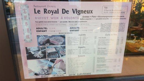 Vigneux-sur-Seine, Prancis: 20170505_200609_large.jpg