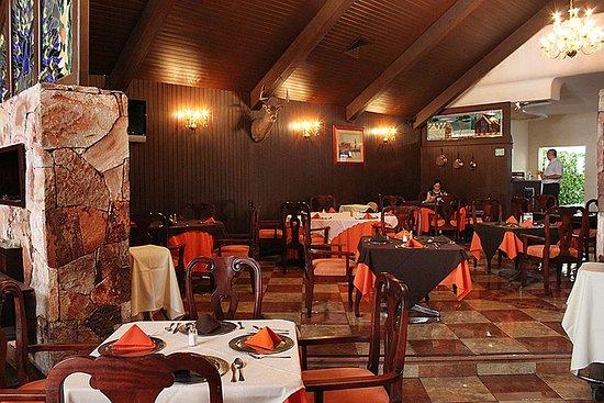 Tehuacan, Mexico: Salón principal del restaurante.