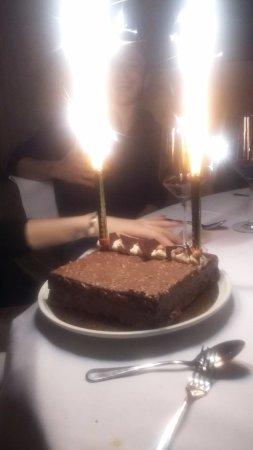Rougemont, Suiza: hum... Gâteau aux 3 chocolats
