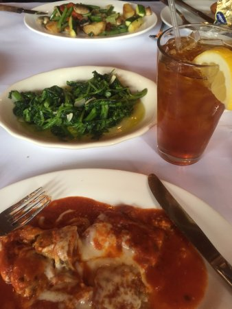 Franklin Square, NY: Eggplant Rollatini, Broccoli Rabe and Iced Tea