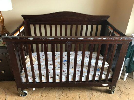 Waldorf Astoria Orlando: Full size baby crib