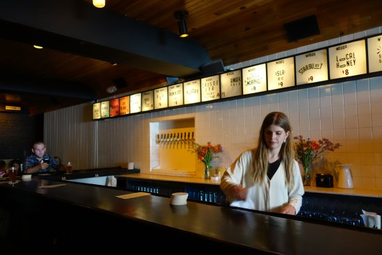 Woods Bar & Brewery