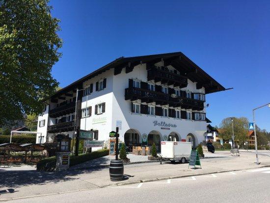 Bellevue: Mooi hotel met parkeerplaats