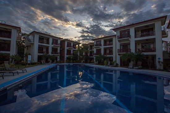 Daystar Bahia Azul: Pool area