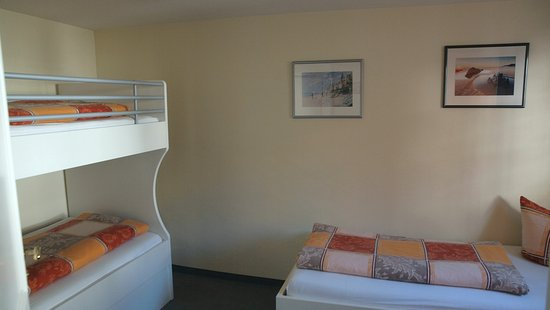 Gastehaus Seliger: Der Nebenraum vom Familienzimmer