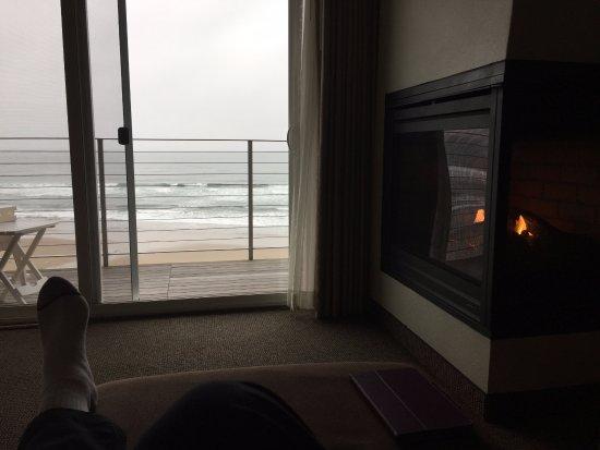 Sliding Door Amp Gas Fireplace Picture Of Pelican Shores