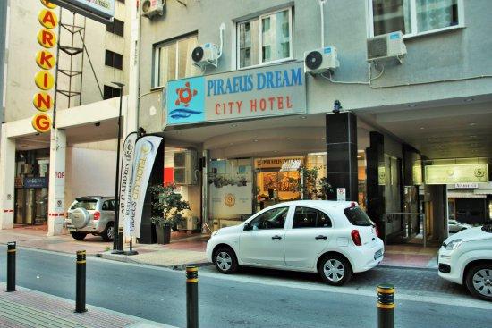 devanture Piraeus Dream City Hotel