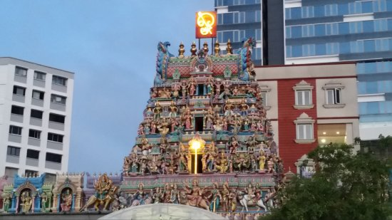 Sri Veeramakaliamman Temple: Temple early morning