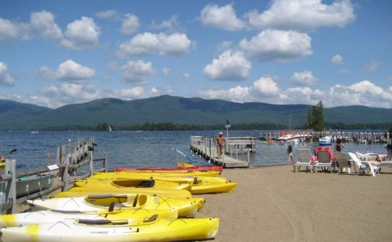 Golden Sands Resort on Lake George: 8,000 sf. Beach w/15 Mile Lake, Mountain & Island Vistas