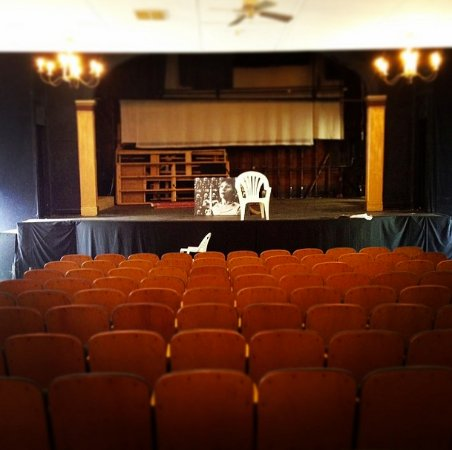 Monomoy Theatre : A photo of the auditorium. (In between shows - thus the reason the stage is bare)