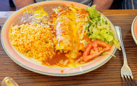 Milpitas, CA: The No. 10 combo, an enchilada and tamale.
