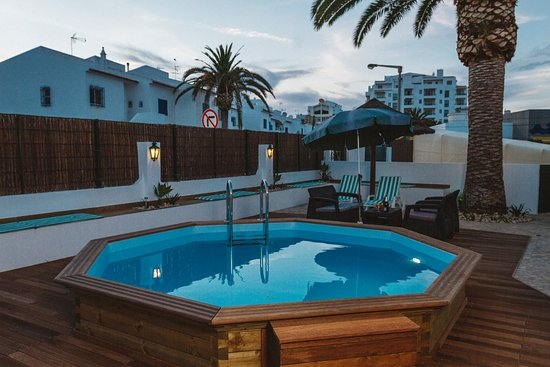 Pool - Picture of Holiday Lagos - Tripadvisor