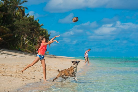 Titikaveka, Cook Islands: Playtime