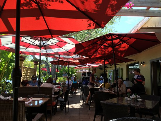 Photo of American Restaurant Sun Garden Cafe at 210 Avenida Madera, Siesta Key, FL 34242, United States