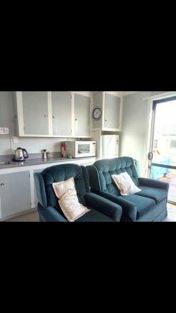 Birchwood Cottages: S70506-151029_large.jpg