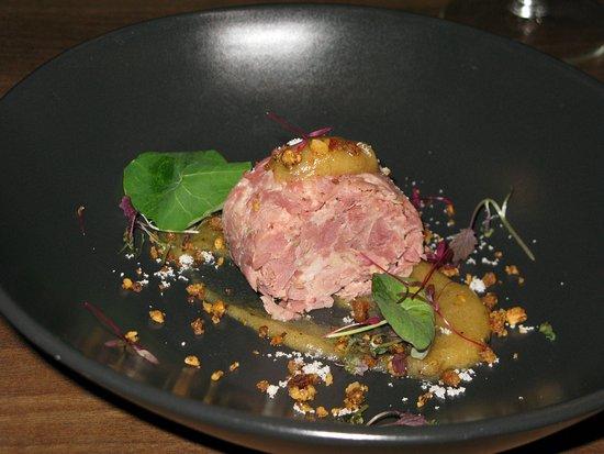Wickham, UK: Ham hock terrine, apple puree