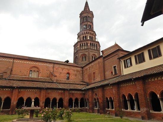 Giardino interno picture of abbazia di chiaravalle - Giardino interno ...