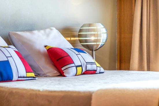 Hotel le Corbusier : GRANDE CHAMBRE VUE MER MOBLIER SIGNE LE CORBUSIER