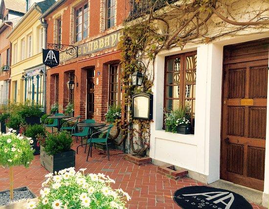 Beaumont-en-Auge 사진
