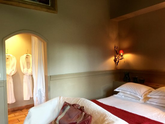 Hotel Mas dou Pastre : Chambre
