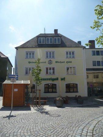 Mitterteich, Alemania: Frontseite, rechts hinten Blick auf den Braukessel