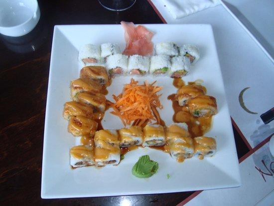Noah Restaurant & Lounge: очень вкусно!