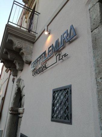 SOTTOLEMURA loungebar