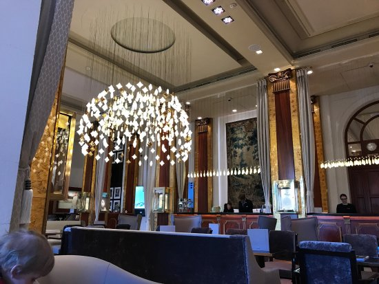 Hotel Barriere Le Majestic Cannes: photo1.jpg
